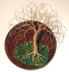 Sal Villano Wire Tree Sculpture - Willow auf ROUND BASE - Wall Art Skulptur, die von Sal Villano